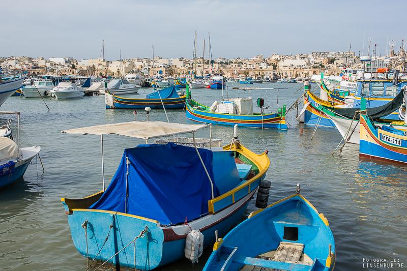 Traditionelle Fischerboote (Luzzu-Boote)