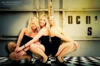 d3f-3-blondes